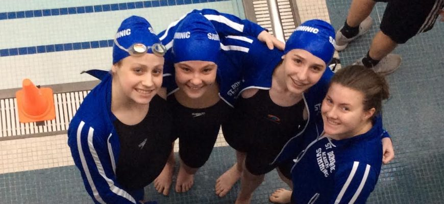 Relay Team Swimming